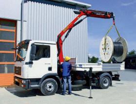 манипулятор с грузоподъемностью до 3 тонн подойдет для перевозки средних грузов по Могилеву с оптимальной ценой
